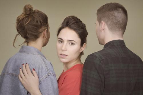 Image issue de la série La théorie du Y qui traite de bisexualité